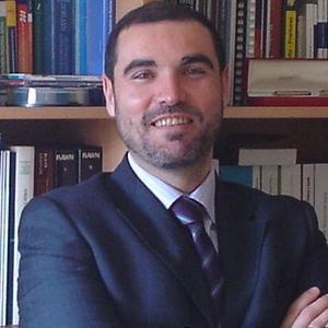 Dr. Santiago Vilar